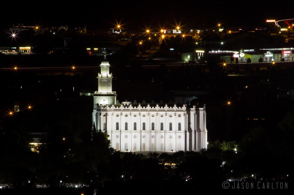 Night photo of St George Utah Temple