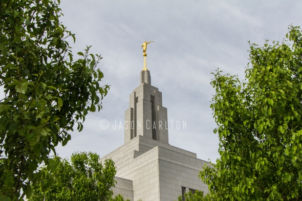Photo of Draper Utah Temple Angel Moroni