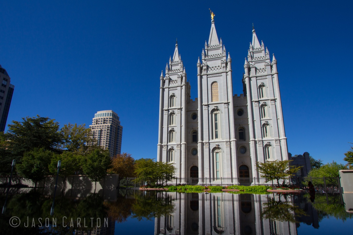 Photo of the Salt Lake Temple reflecting in the pool